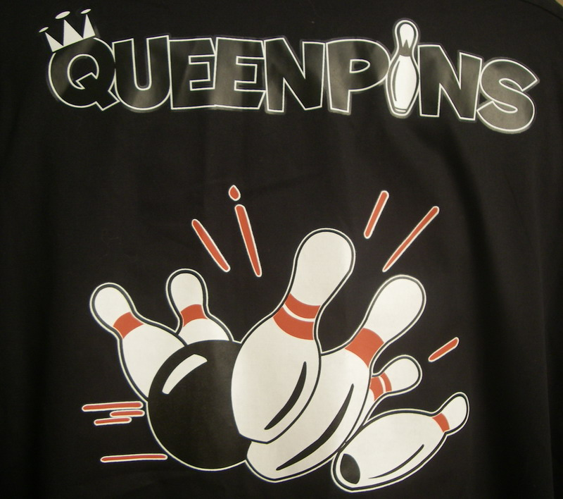 QUEENPINS on Black/White Classic 2.0- SM