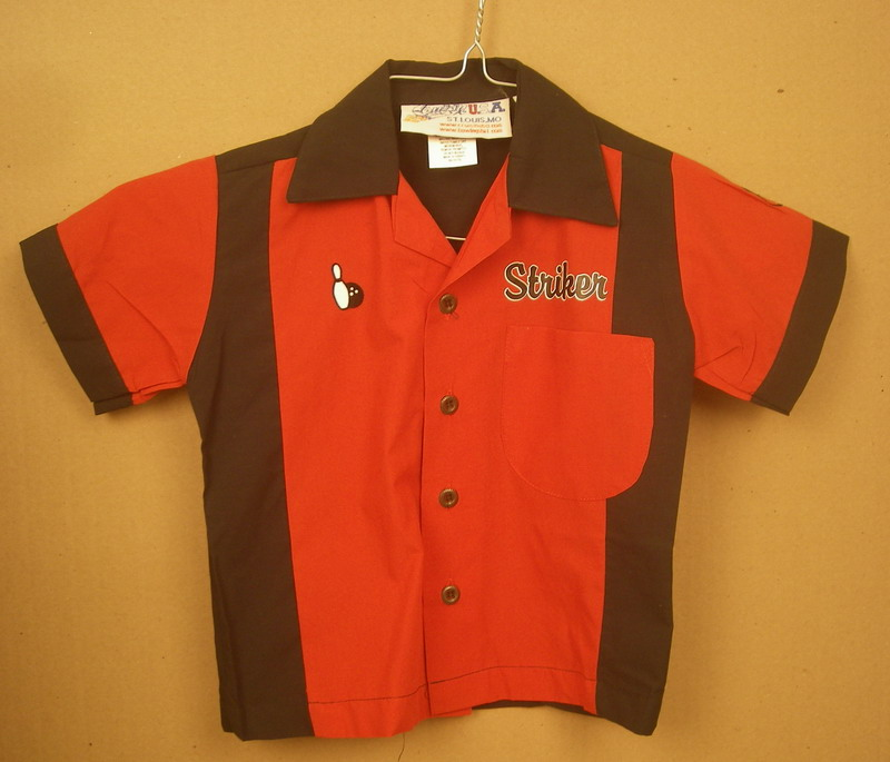 STRIKER on RED/BLACK RETROBOWLER-YOUTH XS