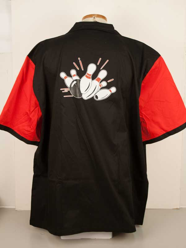 Red Retro Two: Size 3XL